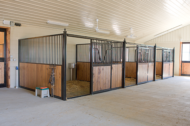 Horse stalls free standing horse stall kits for Four stall horse barn