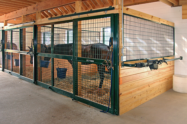 Horse stalls free standing horse stall kits for Horse stall door plans