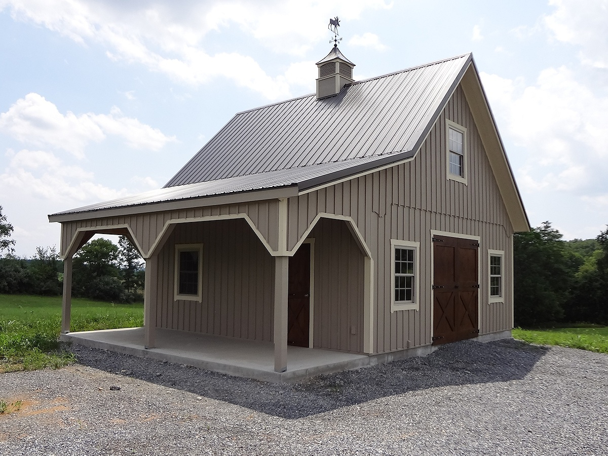 Custom barn gallery images of garages barns for Barn shaped garage
