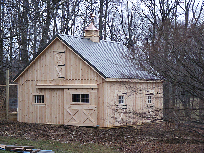 Affordable horse barn for Affordable garage plans