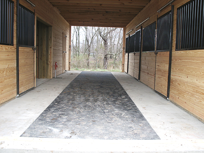 Excellent Rubber Mats for Horse Barns 650 x 488 · 332 kB · jpeg