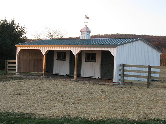 Lean to barn with enclosed gables for Lean to barn
