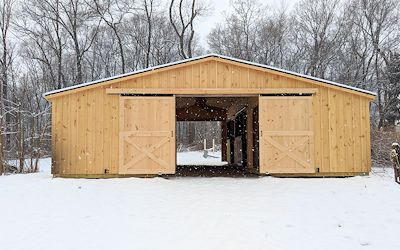 Low Profile Horse Barn Stable